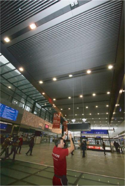 同步升降器机场案例图片5